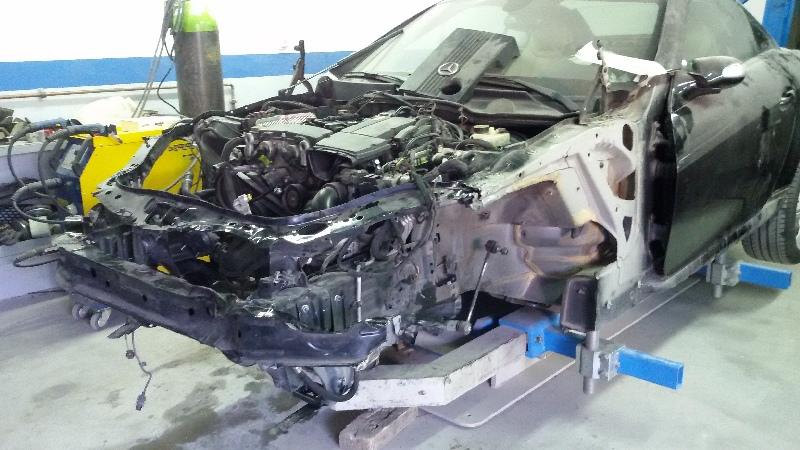 επισκευή τρακαρισμένου mercedes benz slk